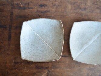 二枚はぎの四角皿の画像