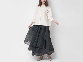 ラミー 手染め黒草木染めふんわり軽やか重ね着風スカート の画像