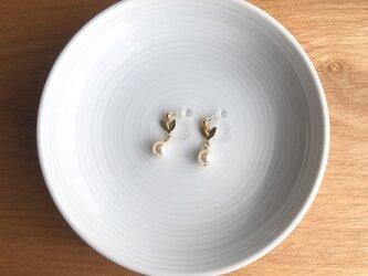 leaf earring/pierce【white】の画像