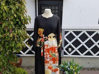 着物リメイク 手作り アンティーク 留め袖 ワンピースの画像