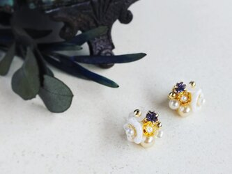 karen*小さな花束のピアス&イヤリング/aの画像