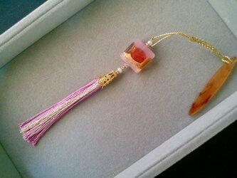 ベネチアンガラスの帯飾り ピンクの画像