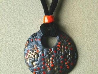 陶のペンダント(P-2)の画像