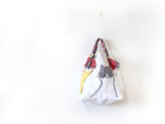 受注製作☆刺繍バッグ「ハナとネコとクモ」再販5の画像