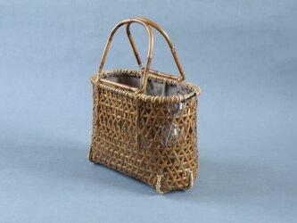 竹籠バッグ かごバッグ 麻の葉編み 根曲り竹 煤竹 燻煙千島笹の画像