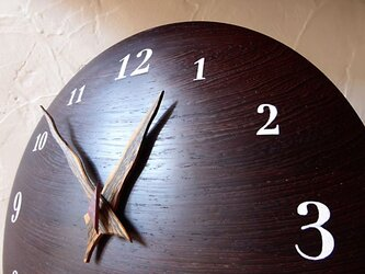 ウエンジ 30㎝ 曲面時計euph 002s 文字盤白色の画像
