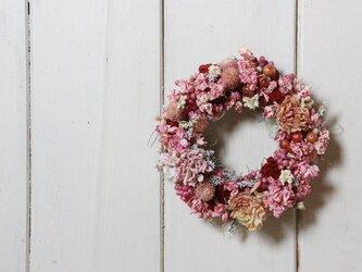 ピンクの小花のミニリースの画像