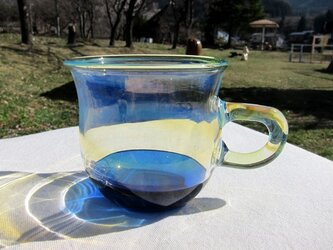 耐熱ガラスのマグカップ 4 ブルーの画像