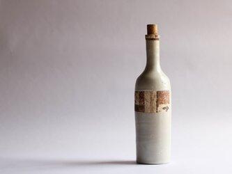 骨董市のワインボトル(ロング白)の画像