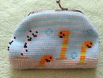 ビーズ編みがま口財布 チンアナゴ柄の画像