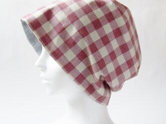 夏に涼しく下地にもなる ゆったりガーゼ帽子 ラズベリー色ギンガムチェック 水色(CGR-009-RCM)の画像
