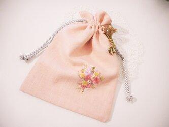 ハーフリネン 刺繍入り巾着の画像