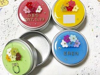 選べる4種類☆名前入り!ゼリーflowerブーケのアルミ缶ピルケースの画像