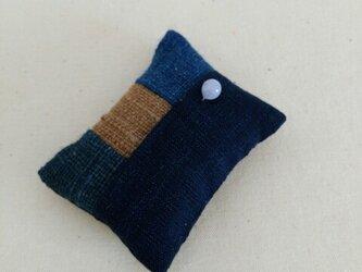 手紡ぎ手織り三河木綿使用 和裁士さんのお針山の画像