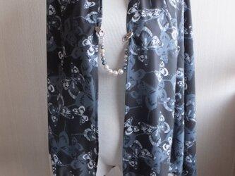 羽織ショール 「ノワール」羽織留めクリップ付きの画像