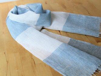 手織りリネンストール グレーベージュ×水色の画像