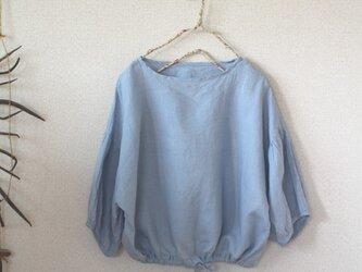 リネン裾ギャザープルオーバー リトアニアリネン100% ライトブルーの画像