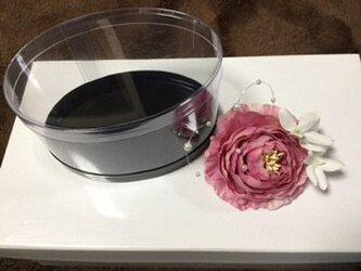 ラナンキュラスのコサージュ(ピンク) /ケース入りの画像