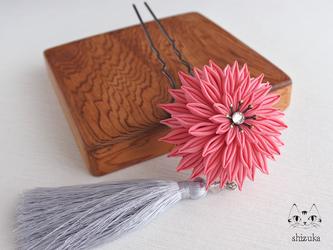 ダリア姫❖つまみ細工❖かんざし 桃 房つき花簪・髪飾り・和アクセサリーの画像