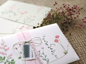 ピンクの花たちのレターセットの画像