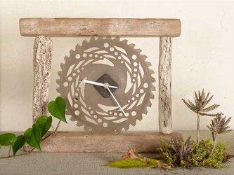流木の時計-1の画像