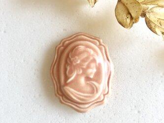 Cameo ローズピンク : 陶器 : ブローチ/帯留の画像