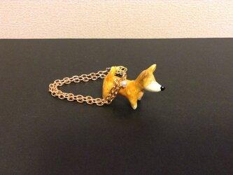 柴犬のチャームの画像