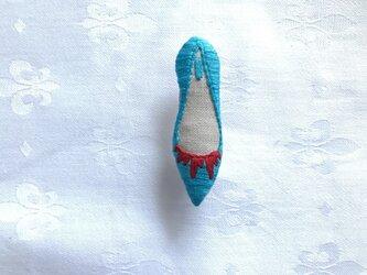 shoe shoe shoe刺繍ブローチNo.73(アクア)の画像