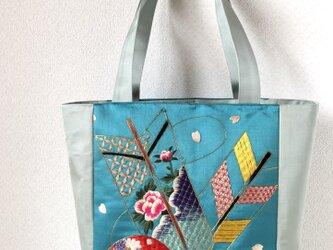 帯バッグ〜鞠と矢の刺繍〜の画像
