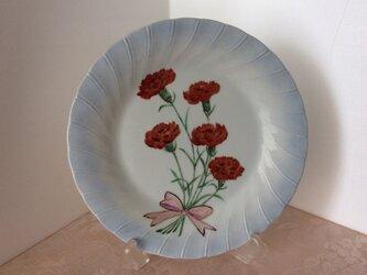 カーネンションの絵皿の画像