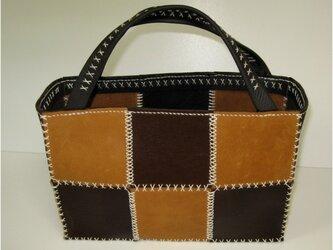 手縫いのクロスステッチのトートバッグの画像