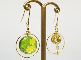 小花yellowflowerフープピアス<イヤリング>の画像