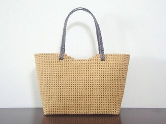 石畳編みのトートバッグ クラフトバンドの画像