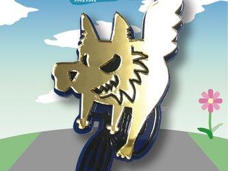 おおかみブローチon自転車 リフレクションブローチの画像