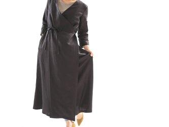 【wafu】中厚 リネン ワンピース コート 2wey カシュクール ロング丈 7分袖 ガウン/ブラック h003b-bck2の画像