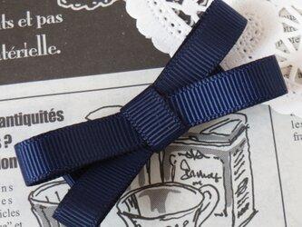 ★再販・りぼん★ 紺のシンプルなダブルリボンのヘアクリップの画像