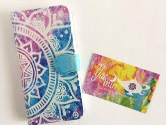 春・夏】モロッコ風手描き曼荼羅 ブルーとピンクの手帳型iPhone/Androidケース(留め具blue)の画像
