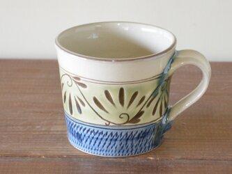 緑釉唐草文 マグカップの画像