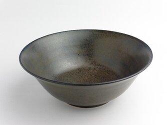 鉄釉 麺鉢の画像