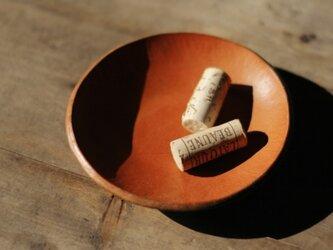 革の小皿の画像