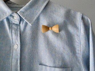 ブローチ bow tieの画像
