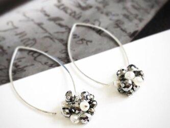 pyrite*pearl*pierceの画像