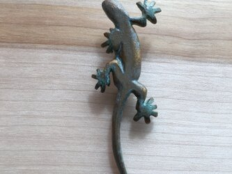 bronze gecko brooch 0424の画像
