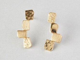 カクカクシカジカ 真鍮ピアス-4粒-の画像