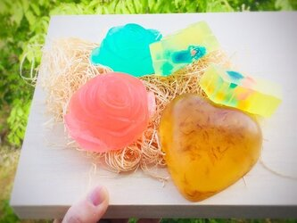 【受注作成】セット 色と香りに癒される MPアロマアートソープ バラエティギフトセットの画像