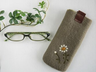 フェルトの小花柄メガネケース グレーアッシュ色*受注制作*の画像