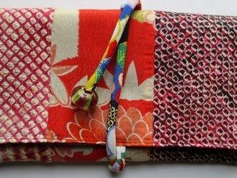 送料無料 絞りと花柄の着物で作った和風財布 3480の画像