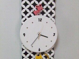 猫とネズミの振り子時計の画像