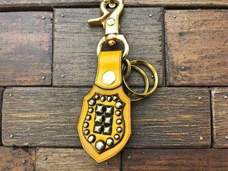 真鍮スタッズでロックなキーホルダー 黄の画像