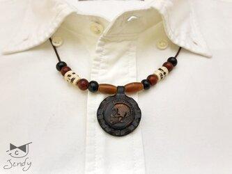 メキシカンレザーネックレス パンクスカル 丸型 黒(茶芯)の画像